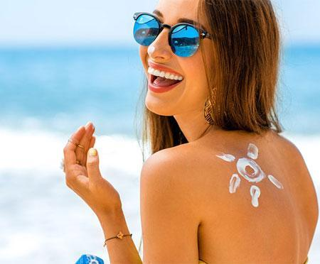 Does sunscreen expire? How to tell if your SPF is out of date!