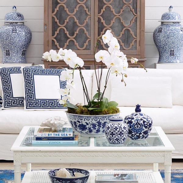 Create Comfort in Your Living Room by Accessorizing