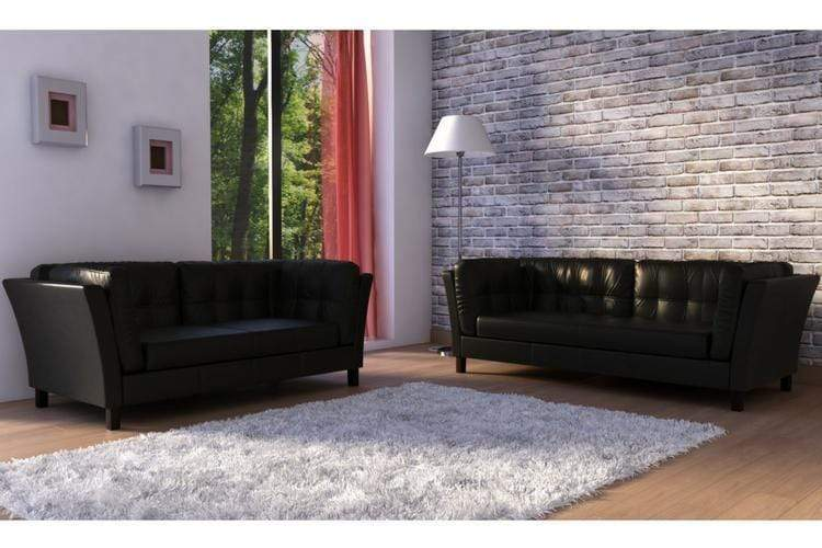 Choosing the best Decorative Options: Sofa and Two Chairs or 2 Sofas?