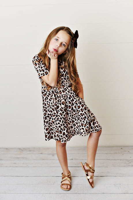 Must-Have Items for Your Little Girl's Back to School Wardrobe