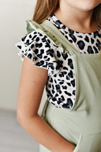 Load image into Gallery viewer, Snow Leopard Flutter Tee