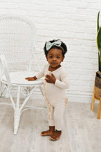 Load image into Gallery viewer, Ruffle 2 Way Zip Romper - Ribbed Oatmeal
