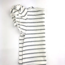 Load image into Gallery viewer, Flutter Sleeve Shirt - Gray Stripe