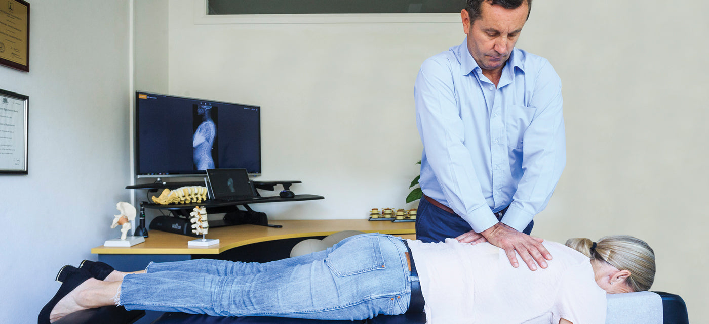 How to sit the right way to avoid back and neck pain: A beginners guide from a Chiropractor