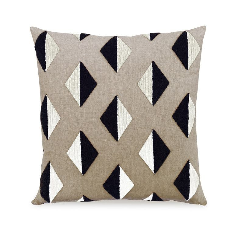 Beige Barroco Pillow