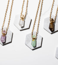 Load image into Gallery viewer, Mya Crystal Necklace