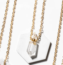 Load image into Gallery viewer, Anune Quartz Necklace