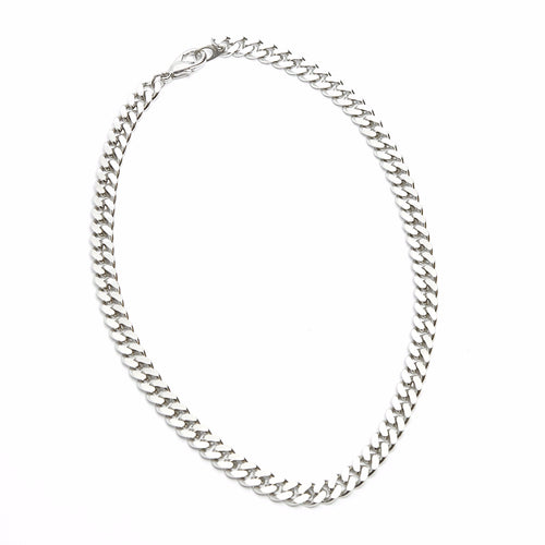 Chic Basic Silver Necklace