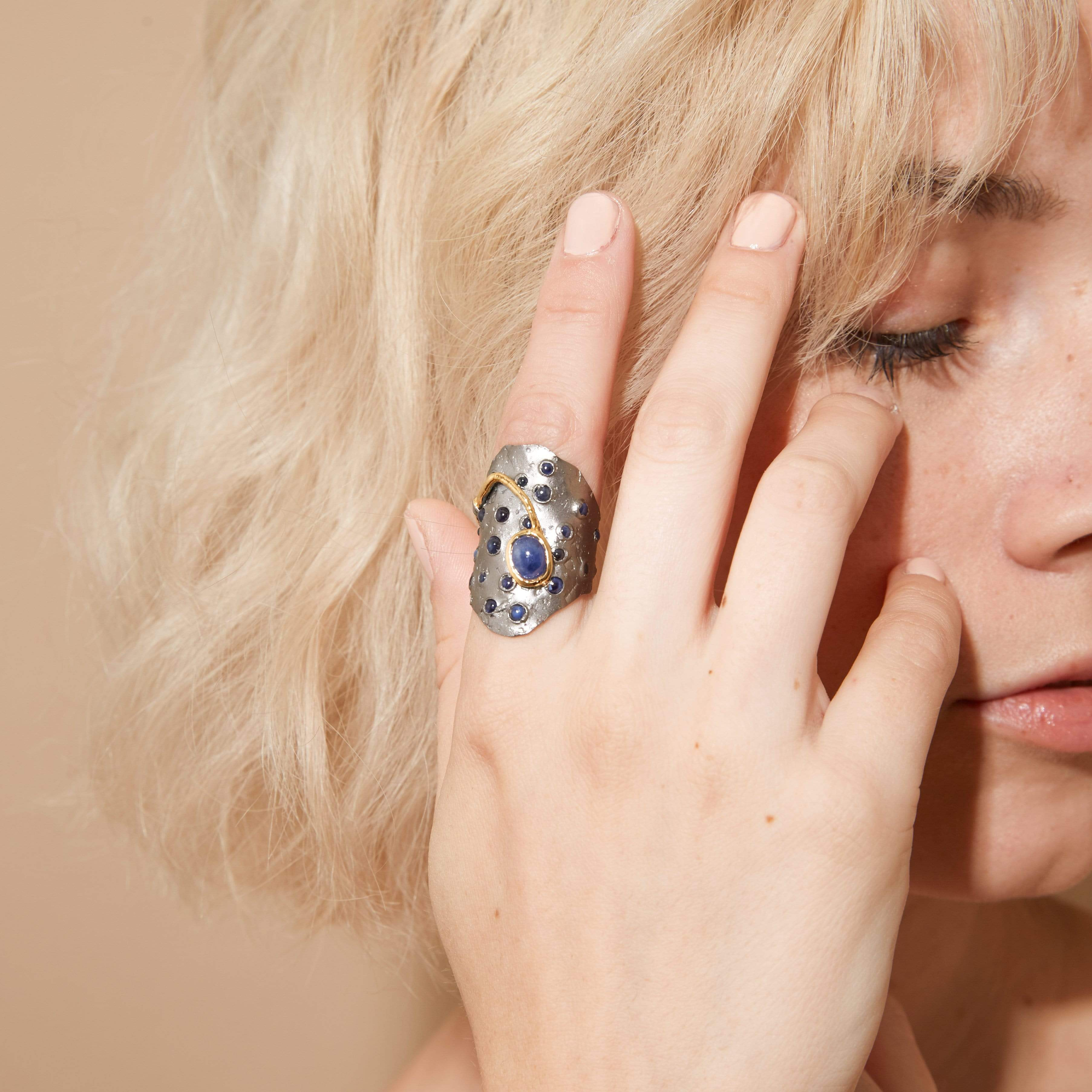Faula Ring, Exclusive, Gold, gray, Rhodium, Sapphire, spo-disabled, StoneColor:DeepBlue, Style:Everyday, Type:StoneCandyScattered Ring