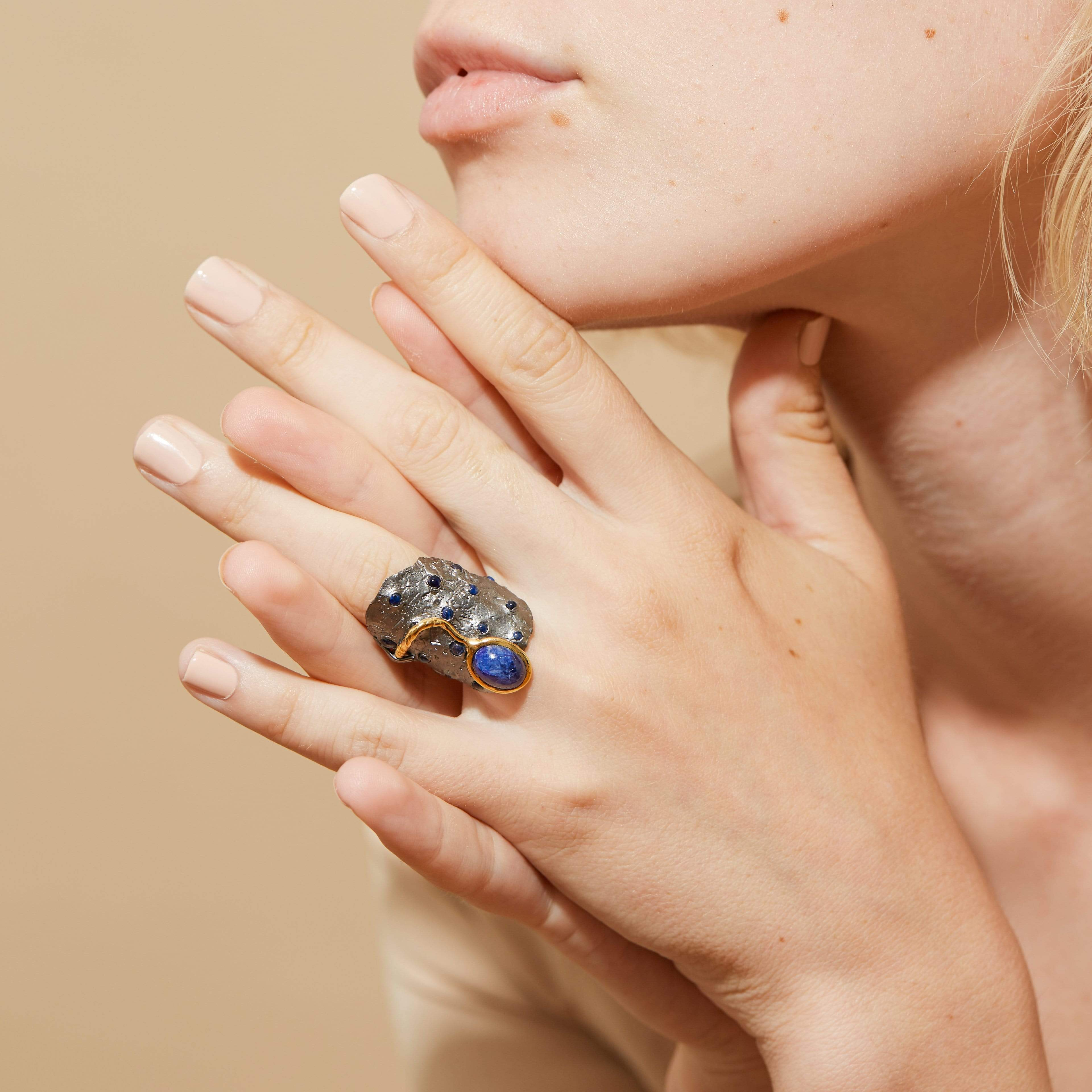 Cesia Ring, Exclusive, gray, Rhodium, Sapphire, spo-disabled, StoneColor:DeepBlue, Style:Fantasy, Type:StoneCandyScattered Ring