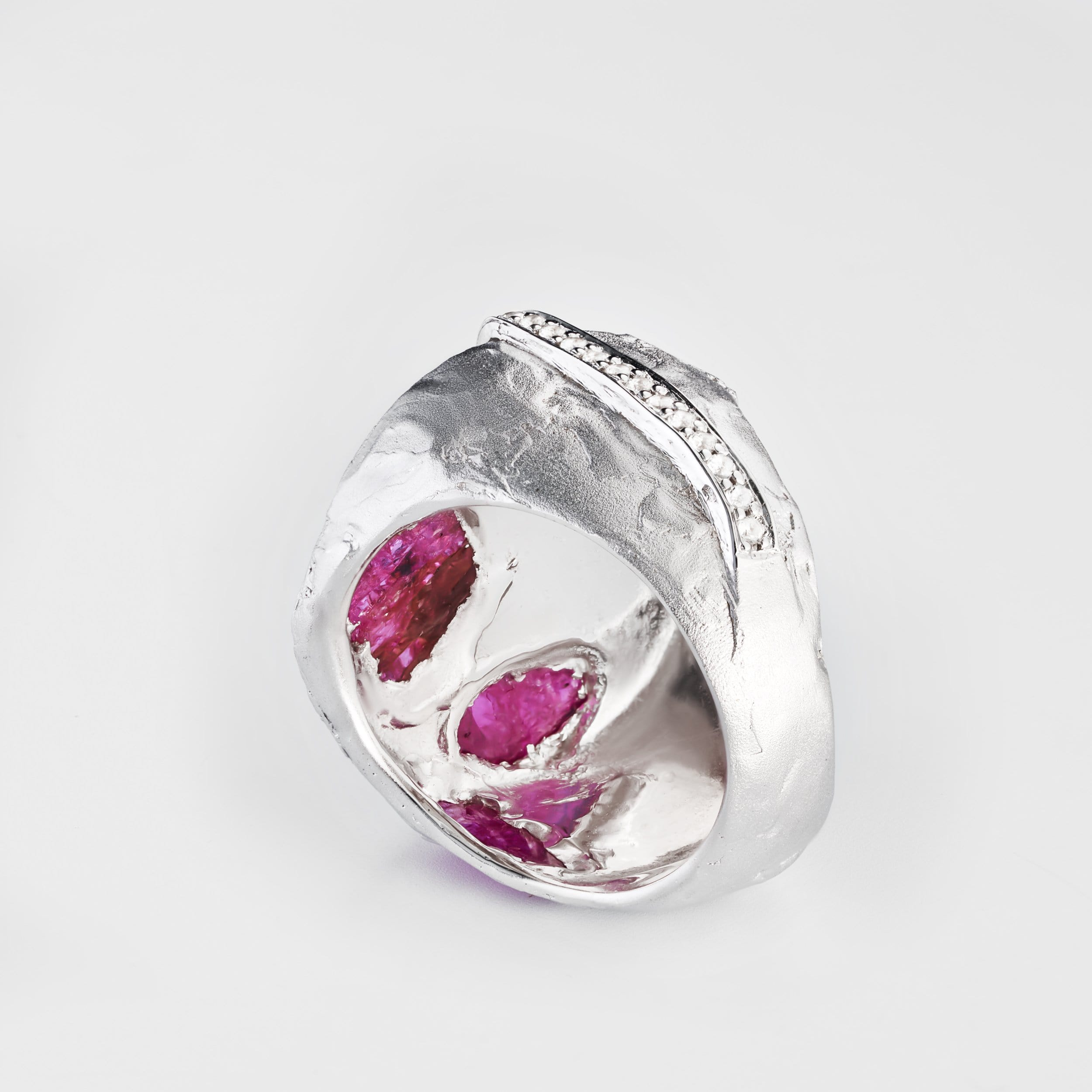 Saren Ruby Ring