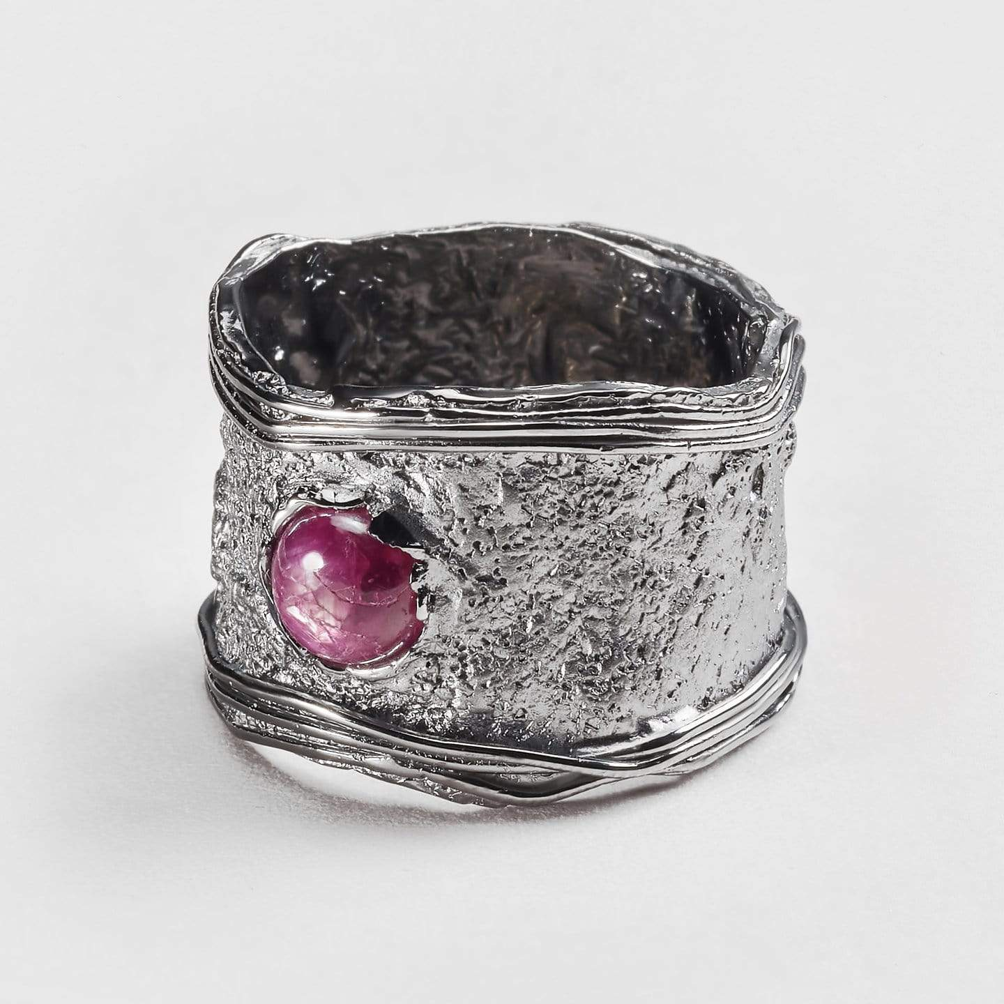 Narah Ruby Ring