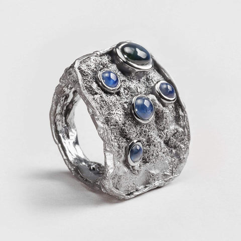 Kaillet Sapphire Ring