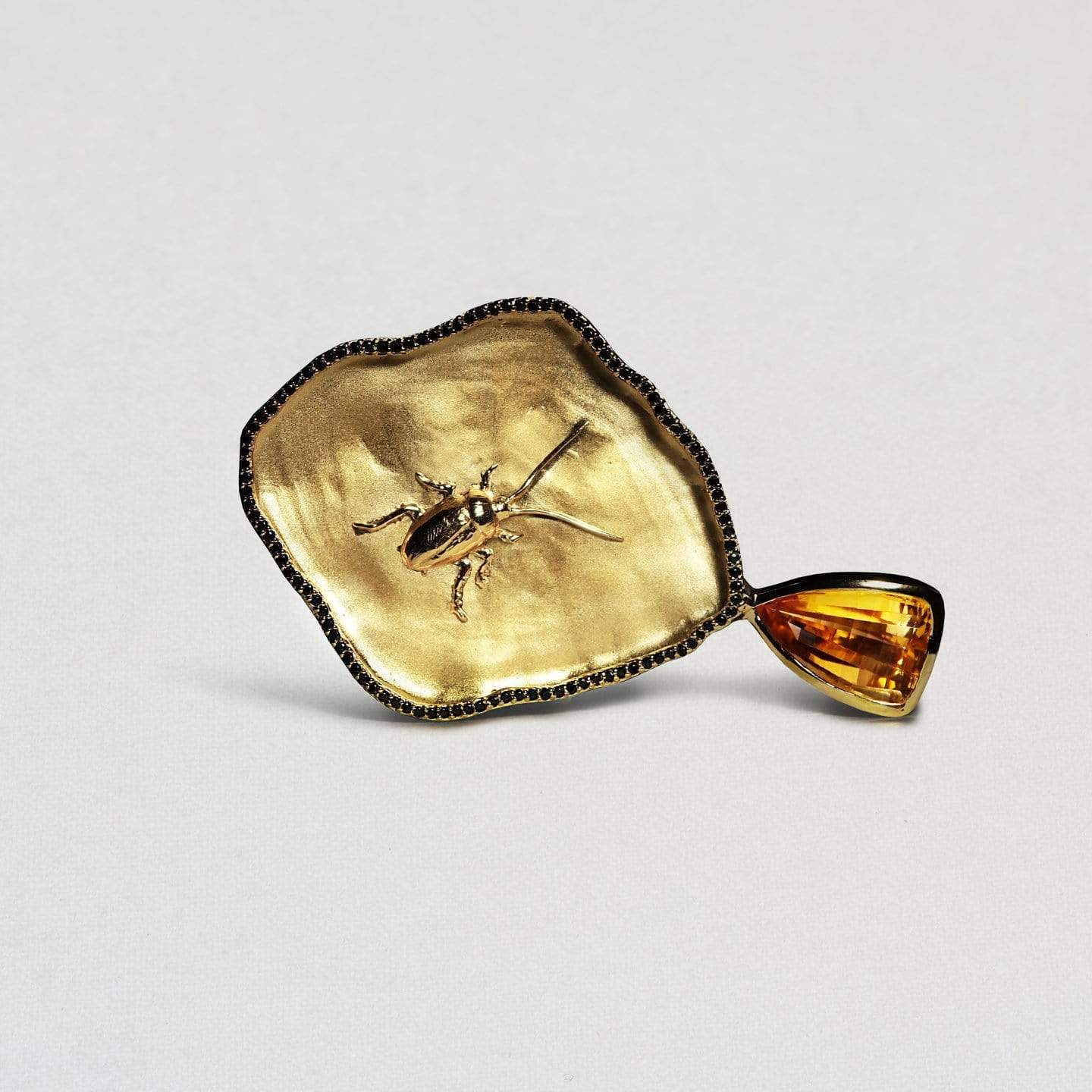 Larvala Pendant, Citrine, Exclusive, Gold, Sapphire, spo-disabled, StoneColor:Orange, Style:Statement Pendant