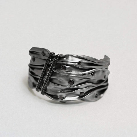 Mordilen Bangle, Exclusive, gray, Quartz, Rhodium, Spinel, spo-disabled, StoneColor:Black, Style:Everyday Bangle