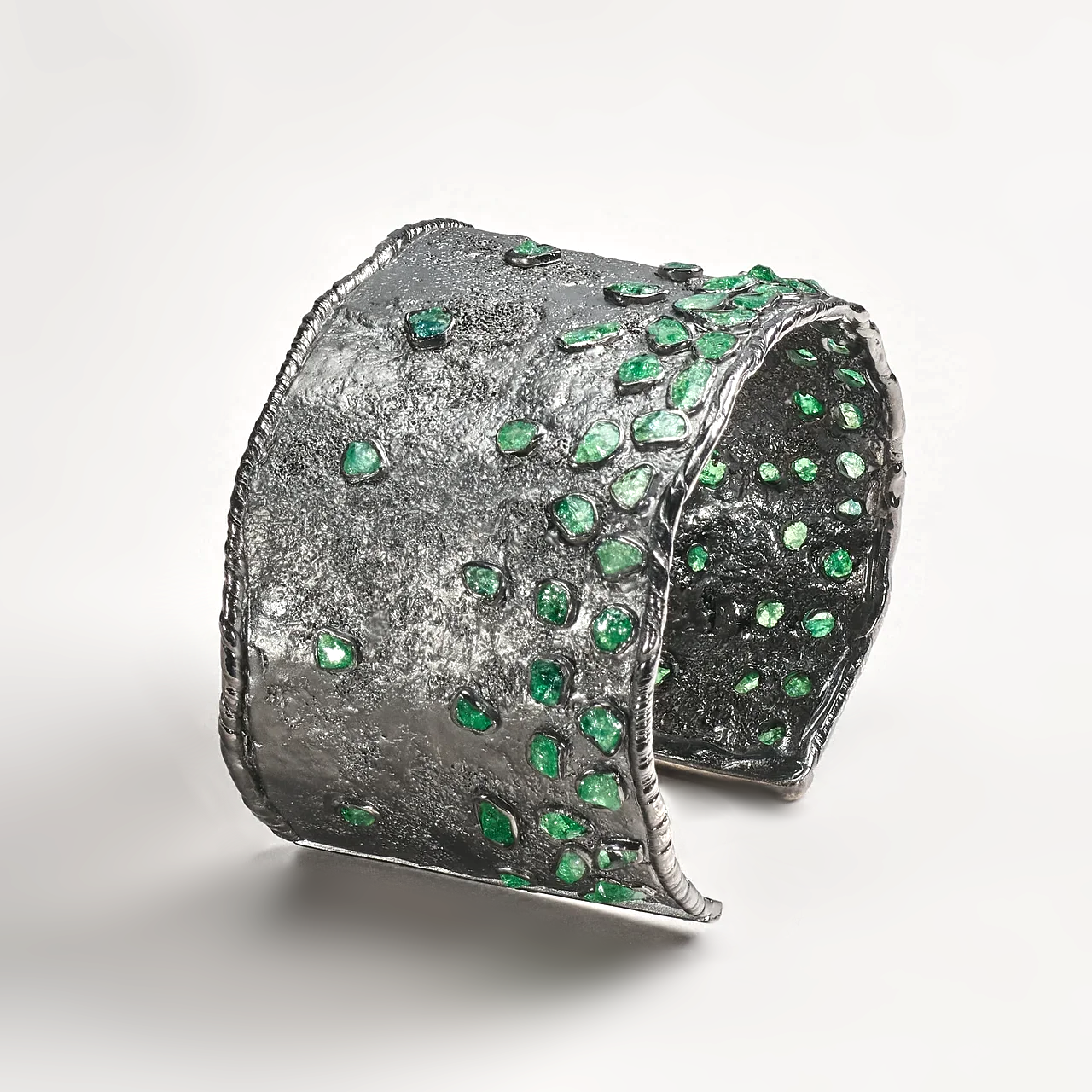 Naim Chrome Diopside Bangle