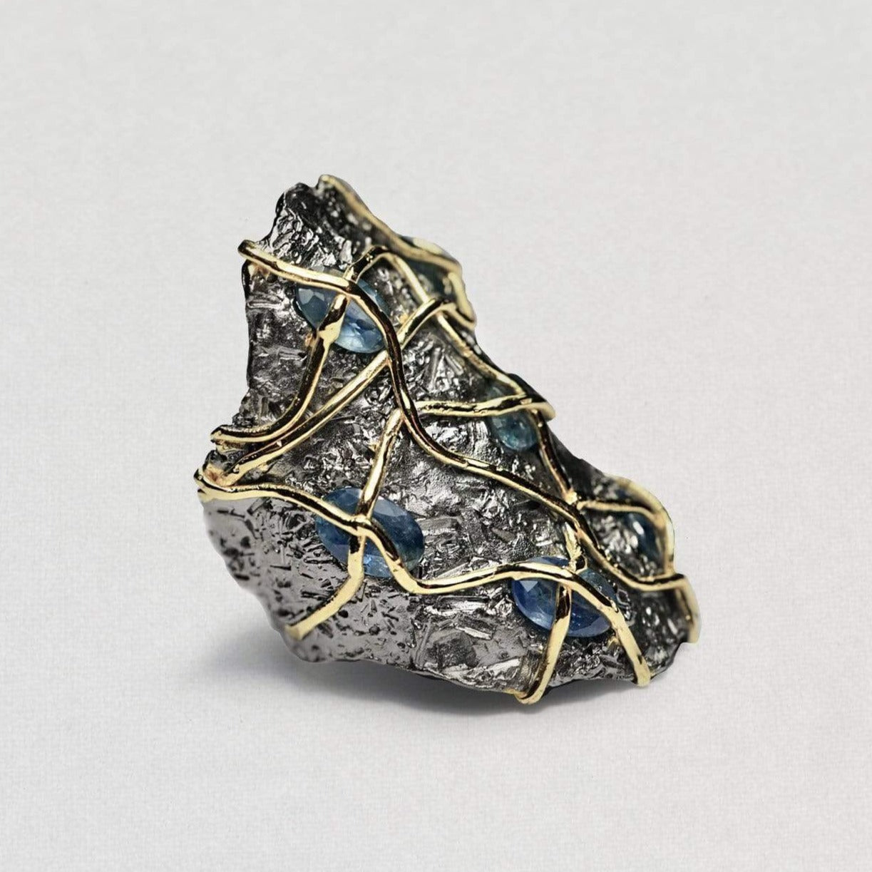 Avarina Ring, Gold, gray, Handmade, Rhodium, Sapphire, spo-disabled, StoneColor:DeepBlue, Style:Everyday, Type:StoneCandyWired Ring