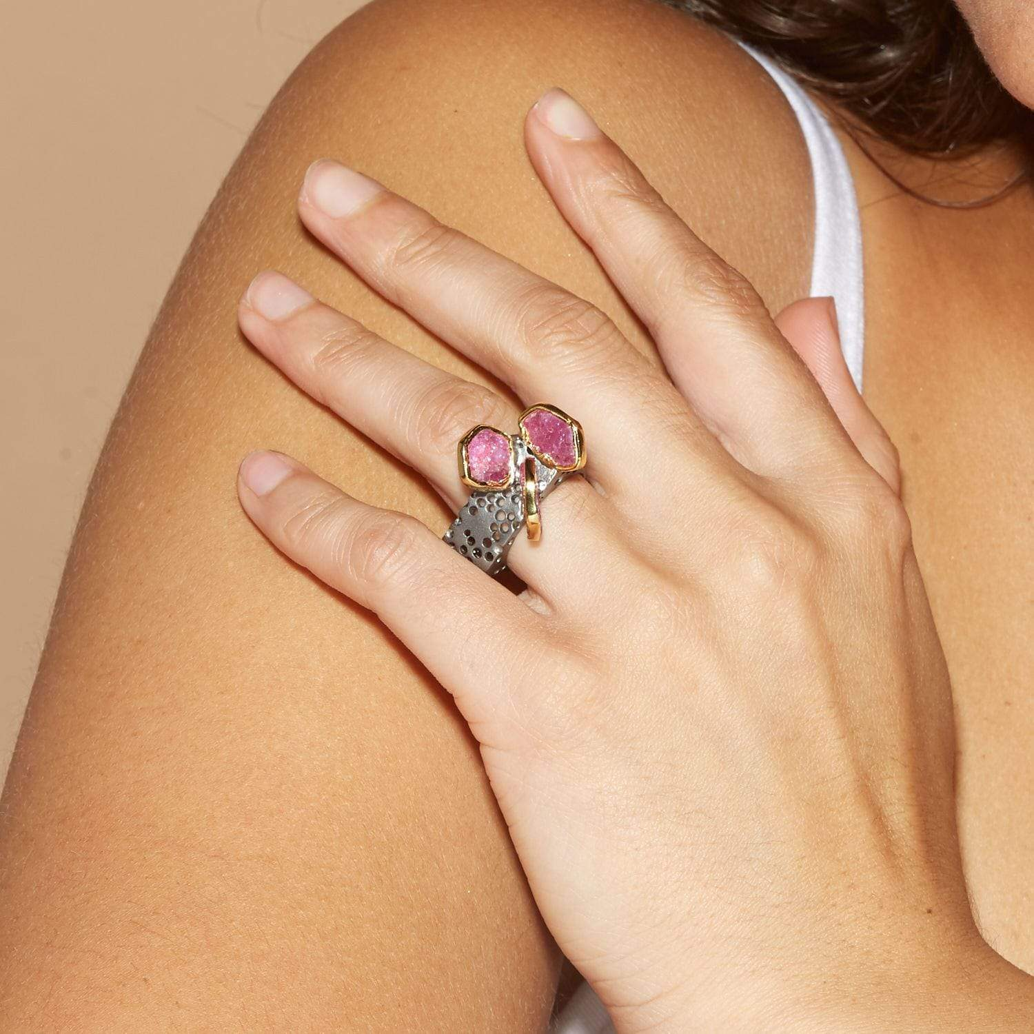 Metara Ring, Gold, gray, Handmade, Rhodium, Ruby, spo-disabled, StoneColor:Pink, Style:Fantasy, Type:StoneCandyOut Ring
