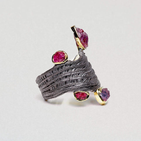 Fayre Ring, Gold, gray, Handmade, Rhodium, Ruby, spo-disabled, StoneColor:PinkRuby, Style:Everyday, Type:Jokers Ring