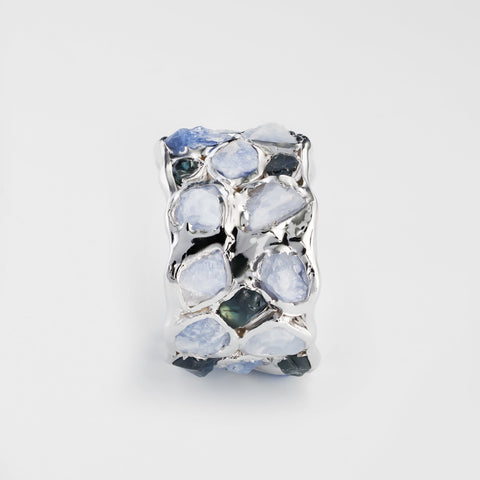 Alcina Light and Dark Sapphire Ring