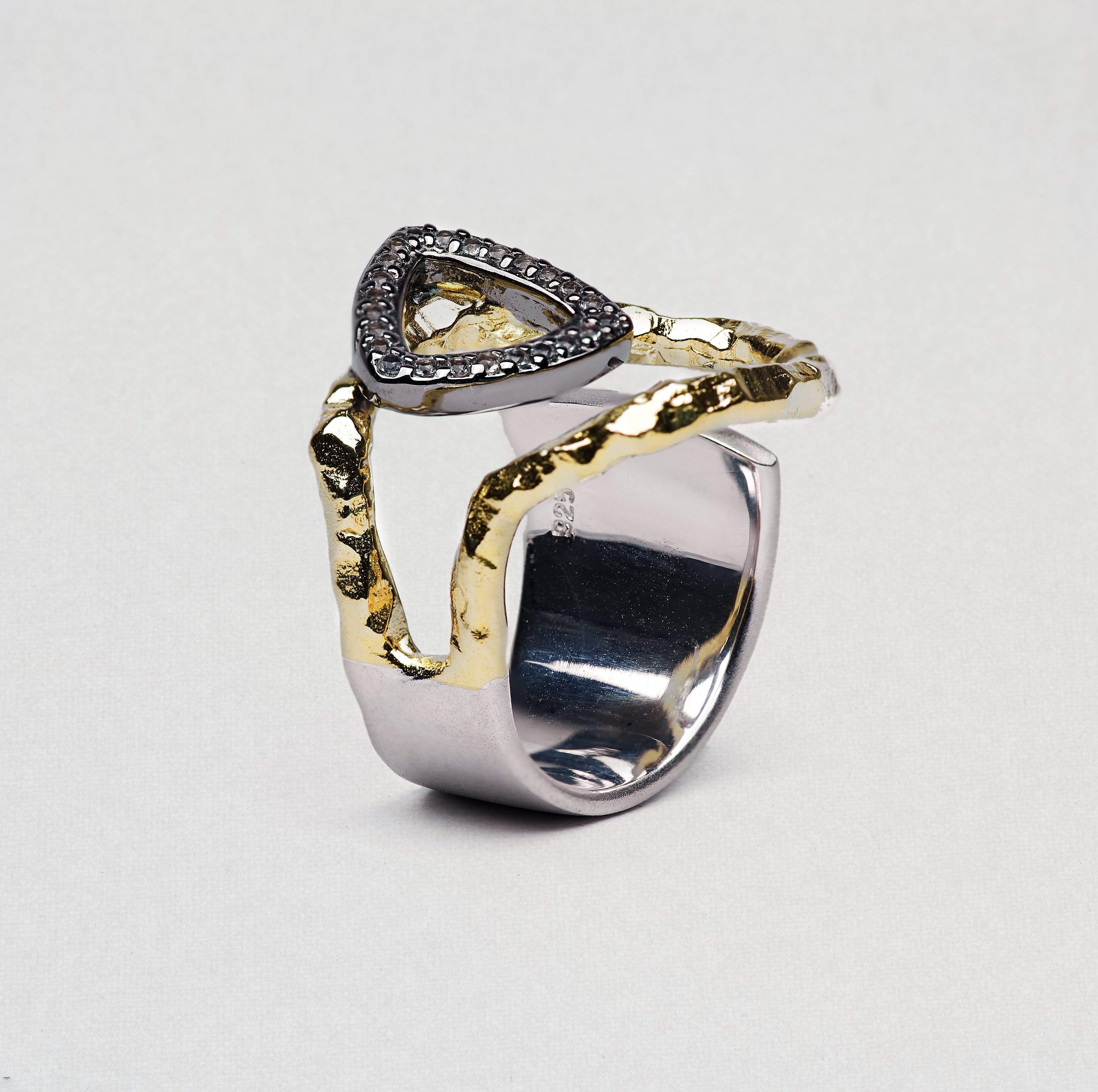 Laufeia Ring, Gold, gray, Rhodium, Serial, silver, spo-disabled, StoneColor:Green, Topaz Ring