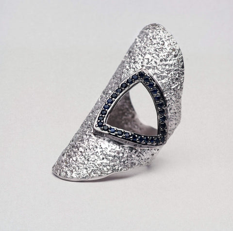 Feducis Ring, Gold, gray, Rhodium, Sapphire, Serial, silver, spo-disabled, StoneColor:DeepBlue Ring
