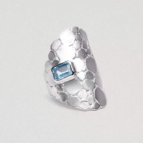 Evlin Ring, Rhodium, Serial, silver, spo-disabled, StoneColor:Blue, Topaz Ring