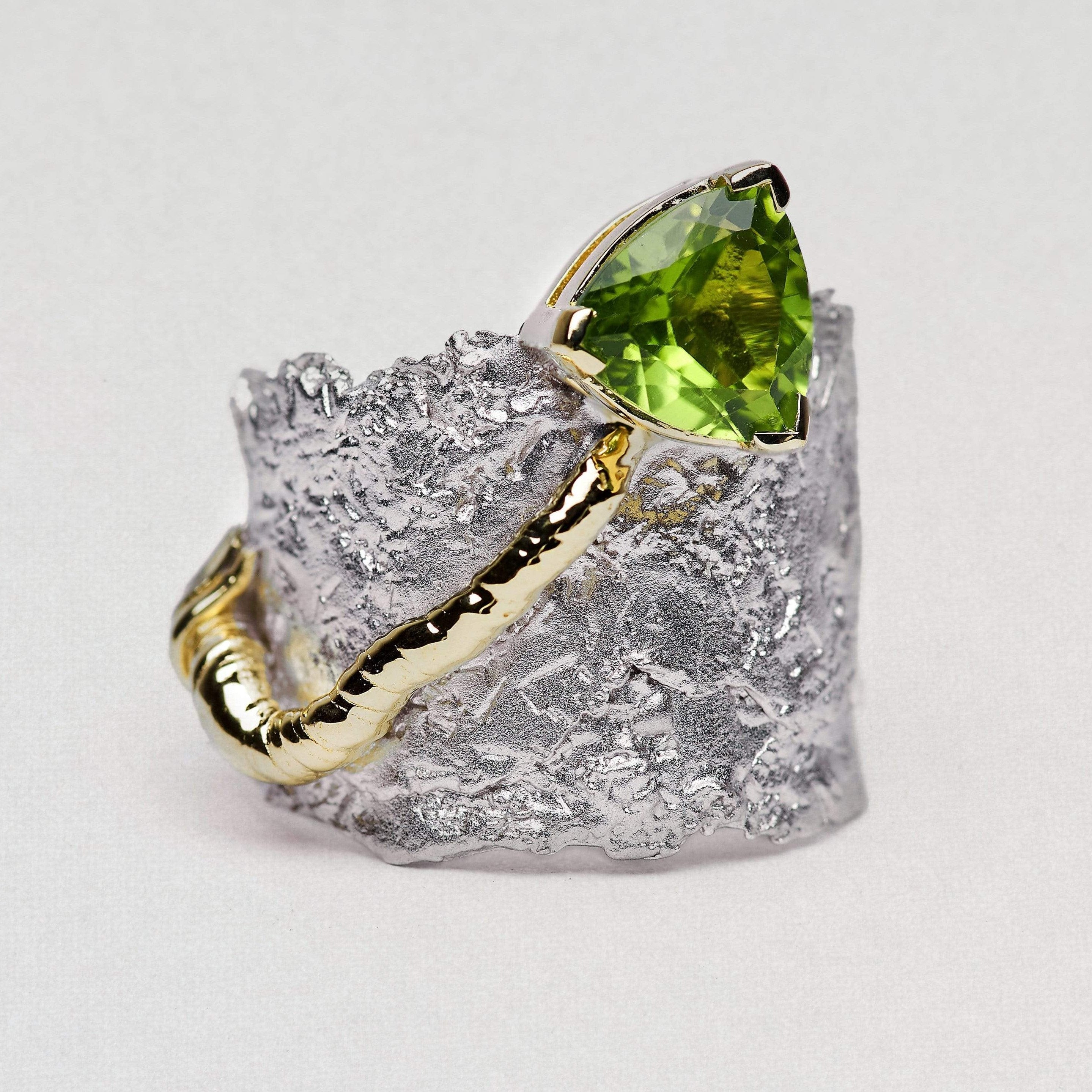 Prosperia Ring, Gold, Peridot, Rhodium, Serial, silver, spo-disabled, StoneColor:Green Ring