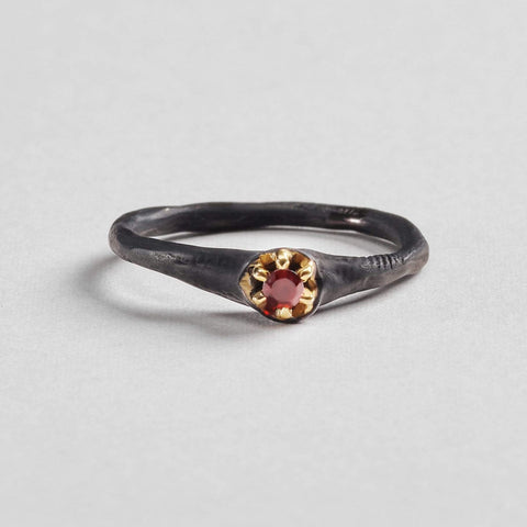 Daria Ring, Anthracite, black, Garnet, Gold, Serial, spo-disabled, StoneColor:Red Ring
