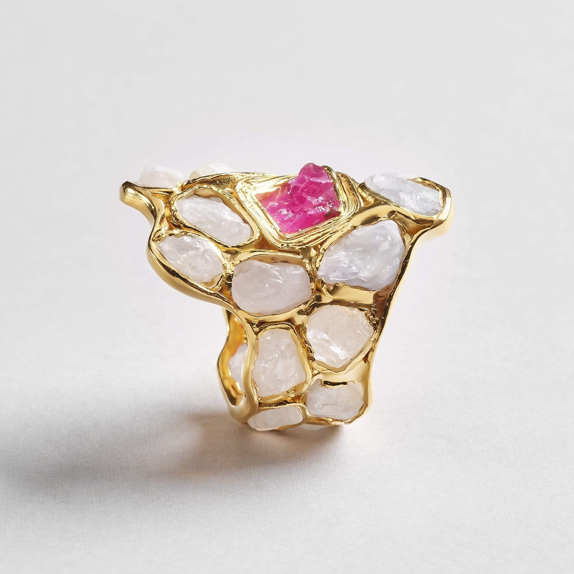 Mellusina Ring, Gold, Handmade, Ruby, Sapphire, spo-disabled, StoneColor:PastelColor, StoneColor:PinkRuby, Style:Everyday, Type:StainedGlass Ring