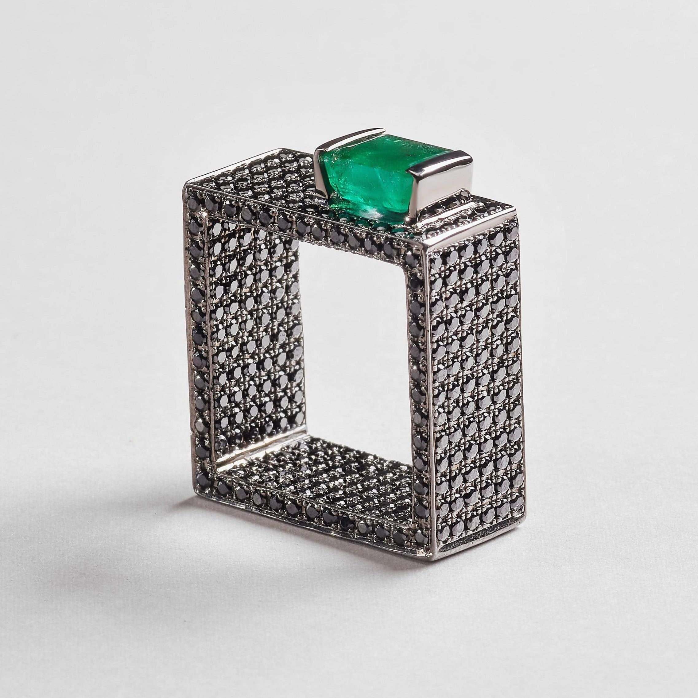 Igraine Emerald Ring