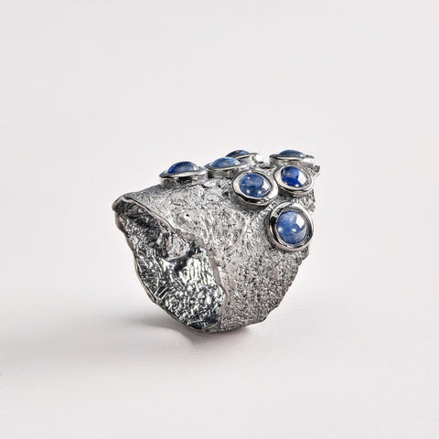 Daes Sapphire Ring
