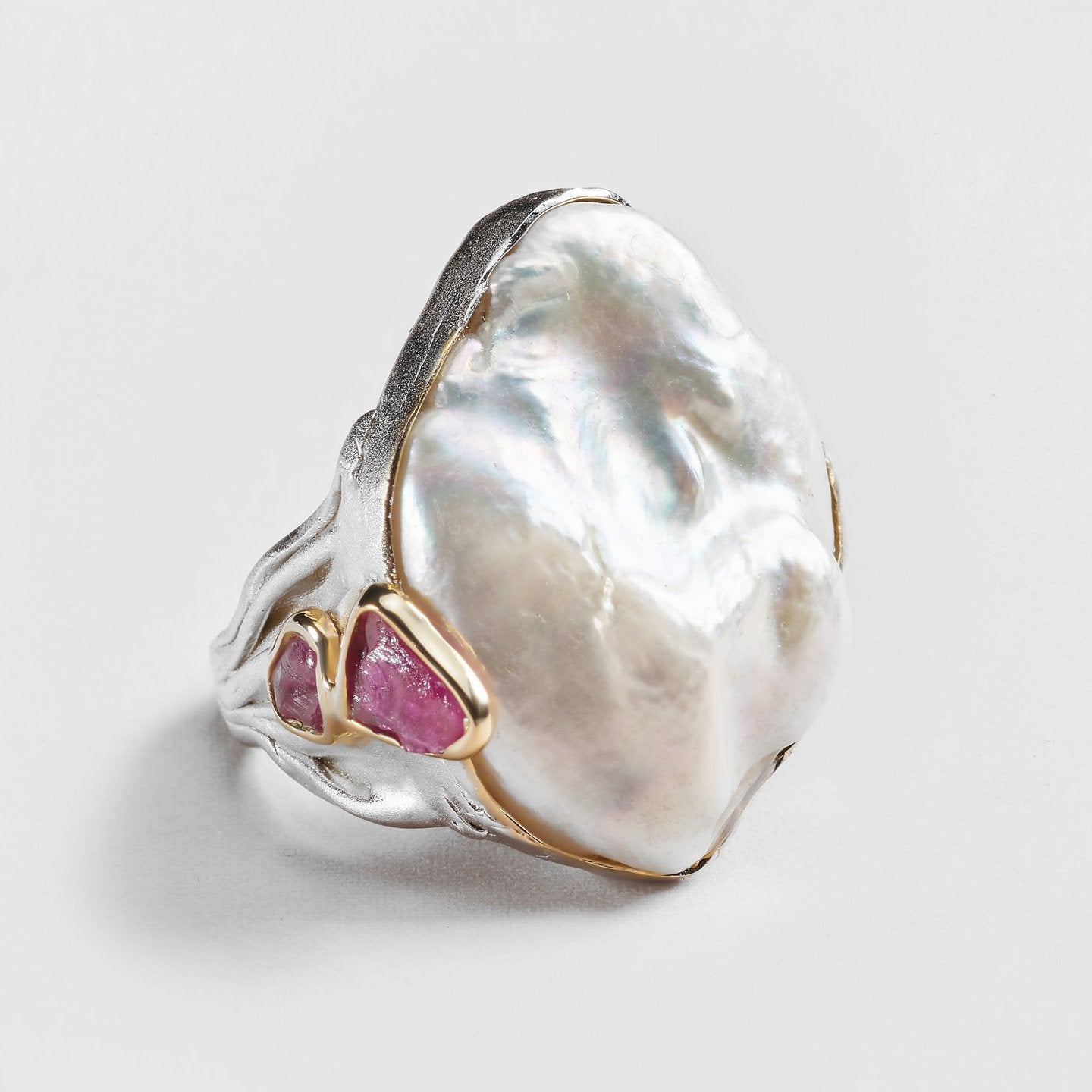 Iri Pearl and Ruby Ring