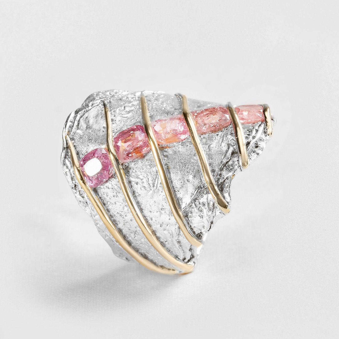 Darie Spinel Ring