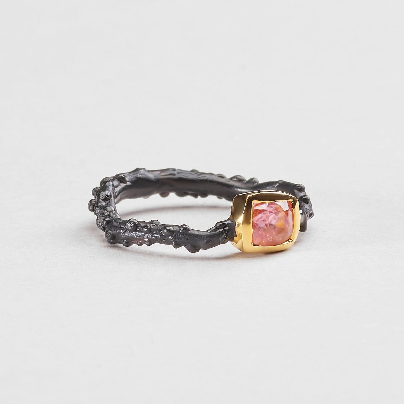 Galea Spinel Ring