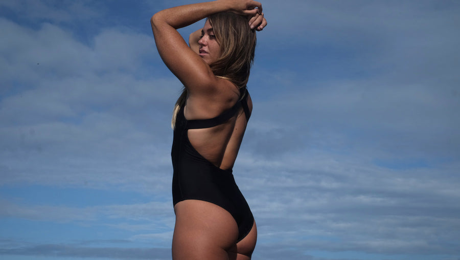 Canggu surf swimsuit one-piece criss cross in Black