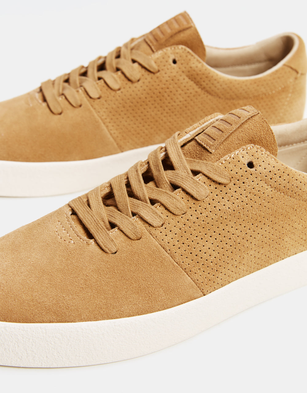 Mens leather sneakers