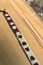 Load image into Gallery viewer, beaded friendship bracelet
