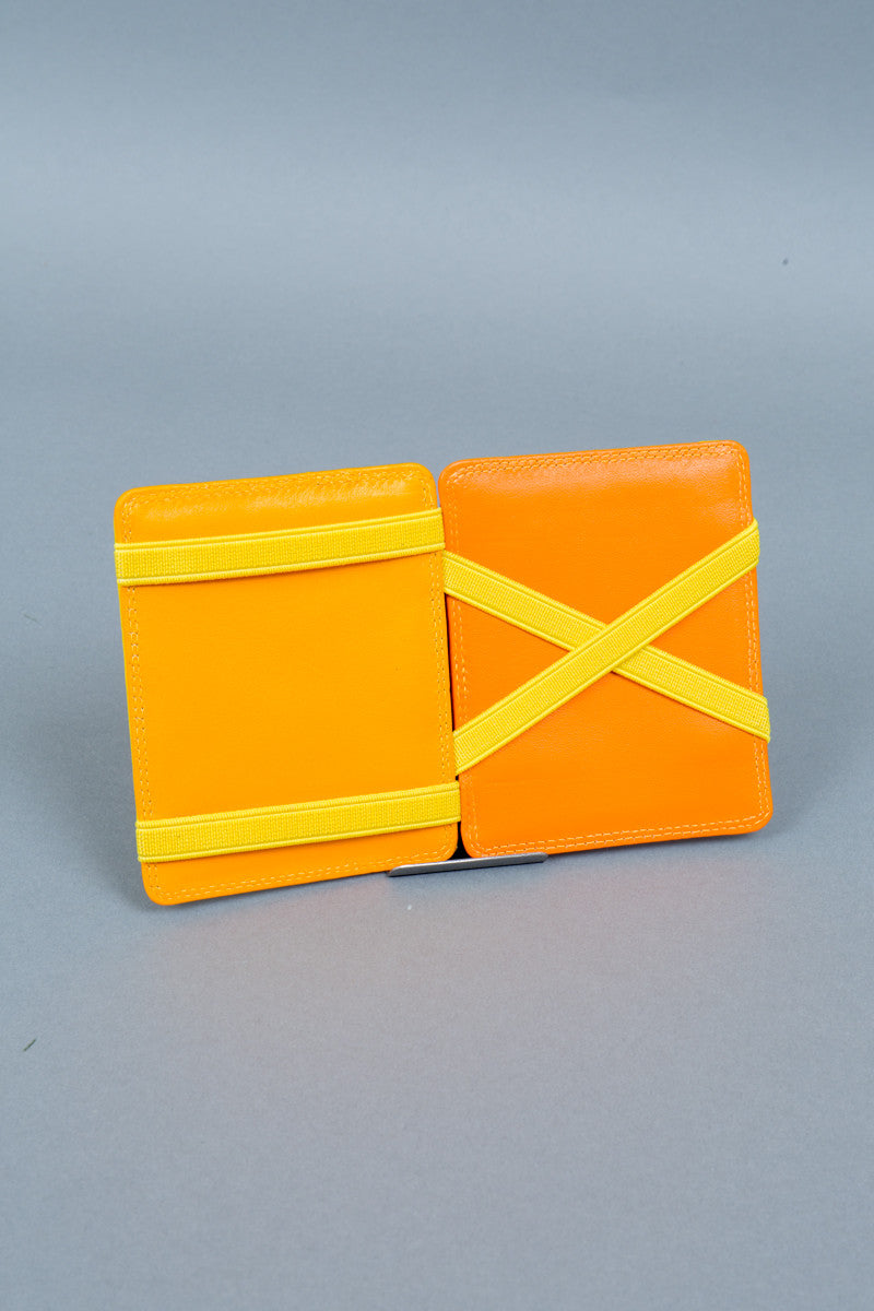 yellow magic wallet interior