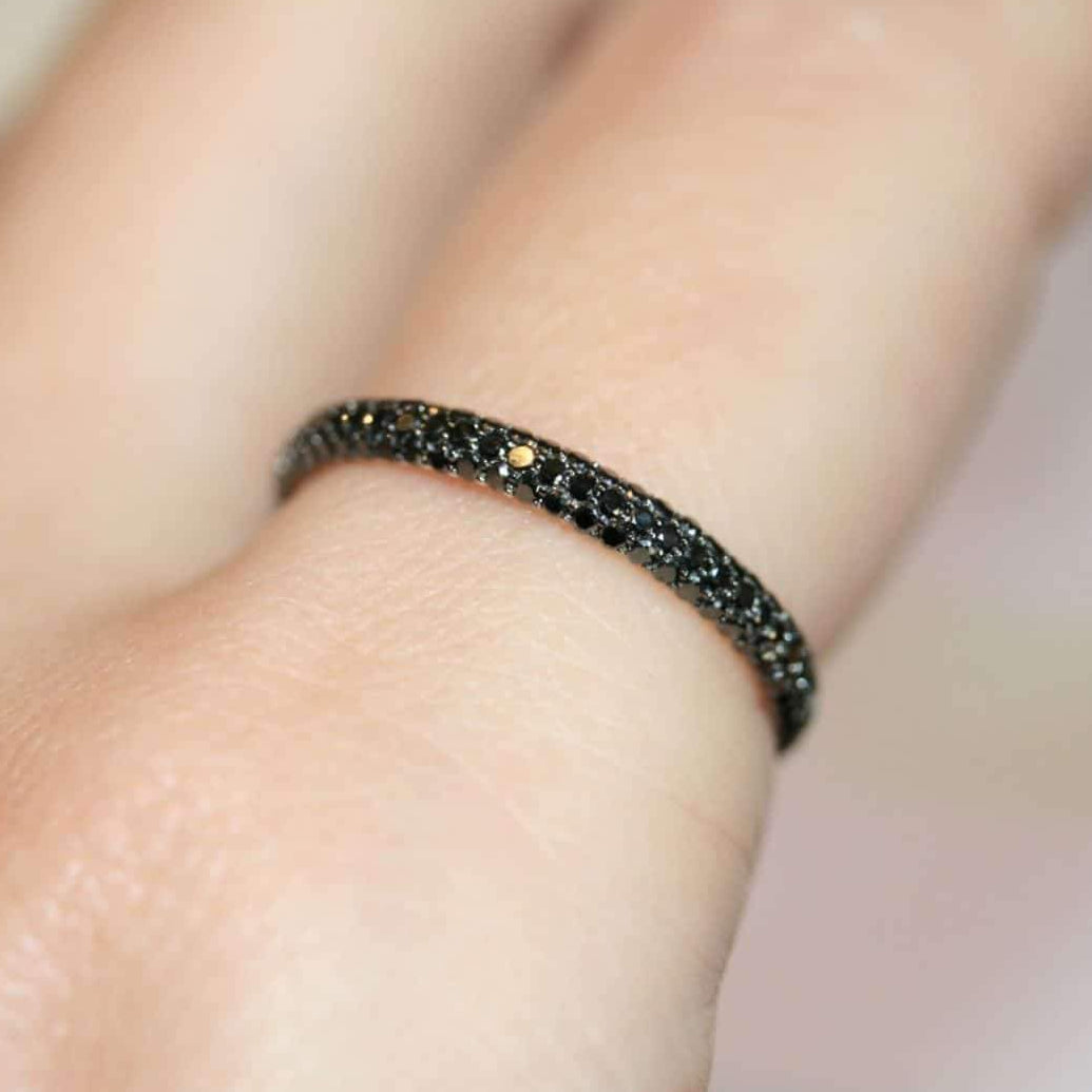 black diamond Gemopoli eternity ring