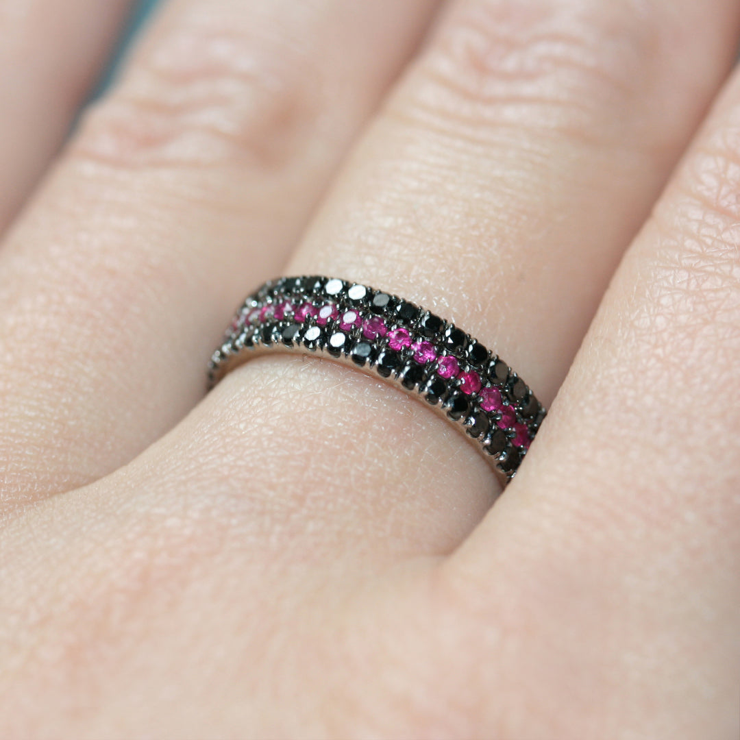 The Vamp eternity ring stack