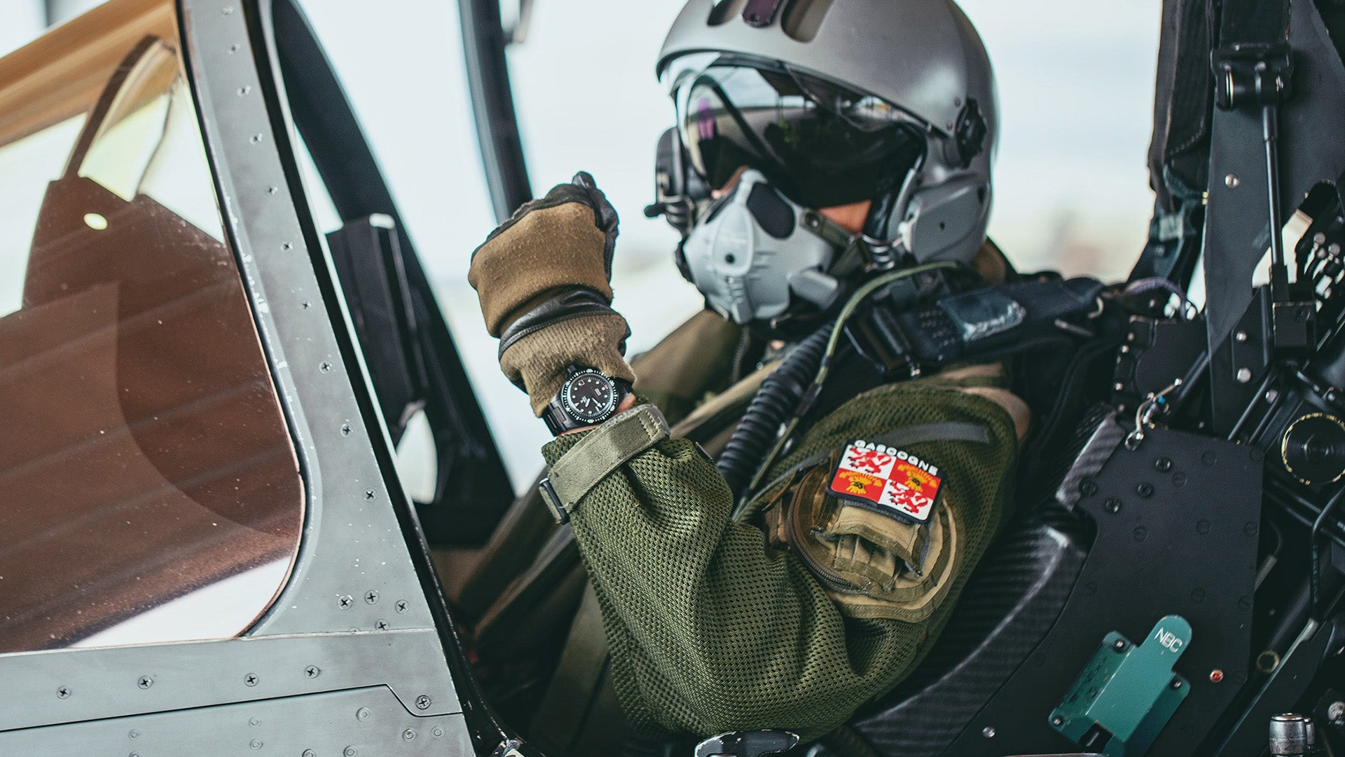 <b>Press Release</b> YEMA Superman French Air Force