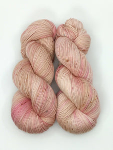 CONCH SHELL- Merino Twist