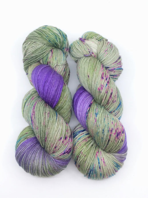 DRAGONFLY DANCE- Deluxe Sock