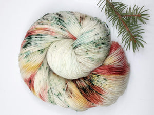 MOUNTAIN SNOW PLAY with Iced Pine- sock kit