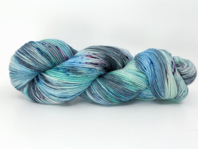 PACIFIC LEATHERBACK SEA TURTLE- Merino Twist