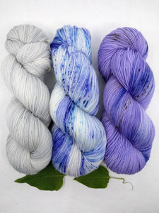 SERENE VIOLETS-  Shawl kit