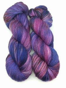 VIOLET ECLIPSE- Merino Twist