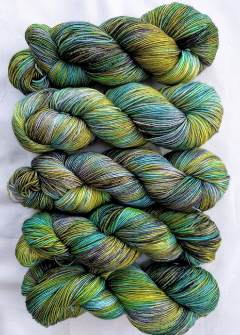 GHOULISH DELIGHT - Silky Merino (old stock)