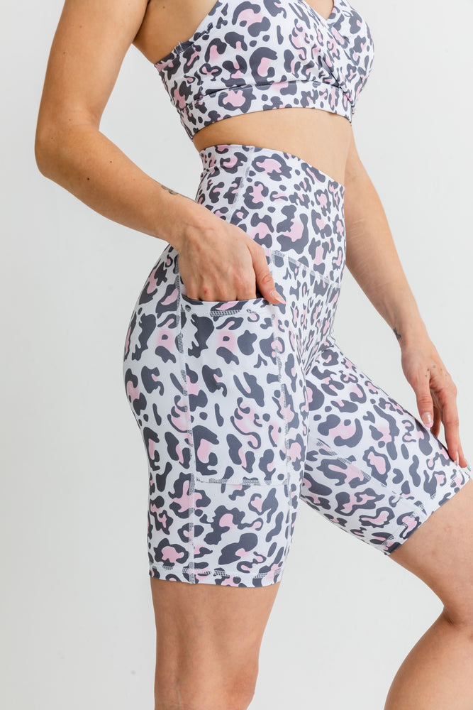 Load image into Gallery viewer, Jungle Bike Shorts - Pink Leopard